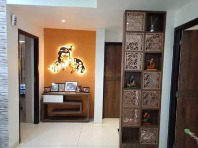 Gallery Cover Image of 2000 Sq.ft 3 BHK Apartment for rent in Soham Dev Solitaire, Prahlad Nagar for 65000
