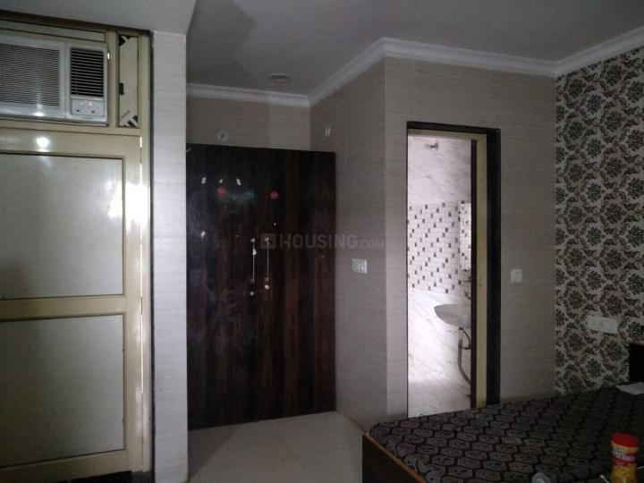 Bedroom Image of Darwin PG in Sector 40