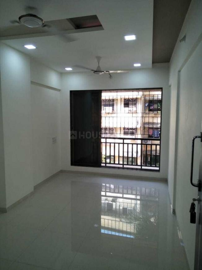 Living Room Image of 610 Sq.ft 1 BHK Apartment for buy in Bhayandar East for 4980000