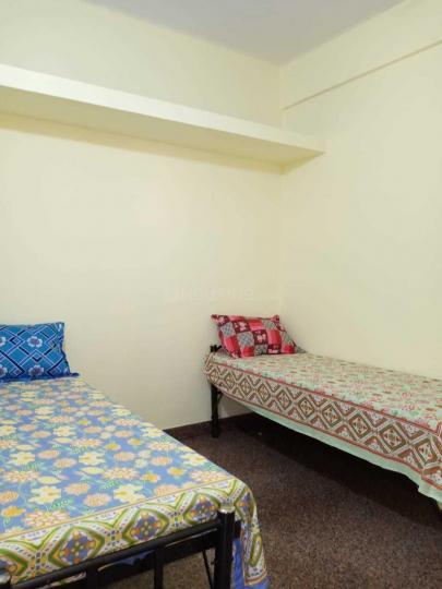 महादेवपुरा में एसएलवी पीजी फॉर जैंट्स में बेडरूम की तस्वीर