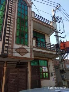Gallery Cover Image of 550 Sq.ft 2 BHK Independent House for buy in Sector 105 for 4720000