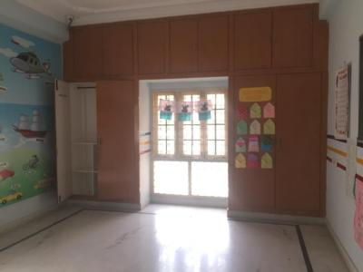 Gallery Cover Image of 10000 Sq.ft 6 BHK Independent House for rent in Madhapur for 100000