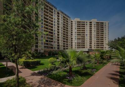 Gallery Cover Image of 3400 Sq.ft 4 BHK Apartment for buy in Sector 42 for 45000000