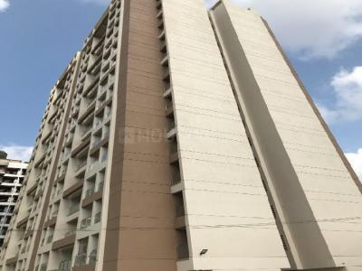 Gallery Cover Image of 569 Sq.ft 2 BHK Apartment for rent in Mira Road East for 19000