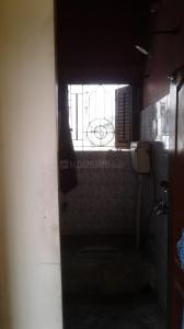 Gallery Cover Image of 1200 Sq.ft 3 BHK Independent Floor for rent in Beliaghata for 14000