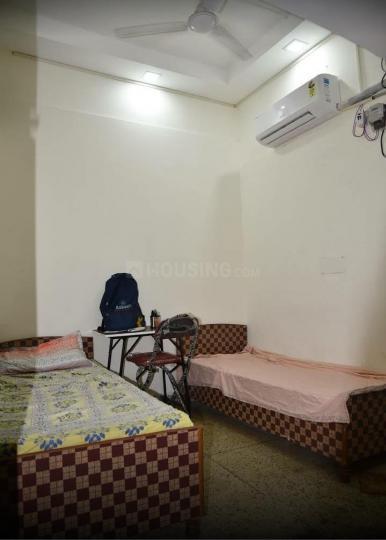 Bedroom Image of Shiv Raj PG in Andrews Ganj