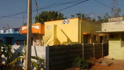 Gallery Cover Image of 650 Sq.ft 2 BHK Independent House for buy in Veerapandi Pirivu for 2000000