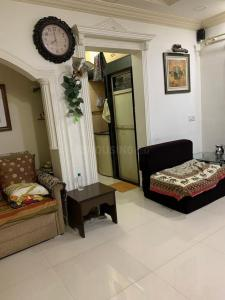 Gallery Cover Image of 625 Sq.ft 1 BHK Apartment for rent in Dharma Nagar Co-operative Housing Society, Borivali West for 23000