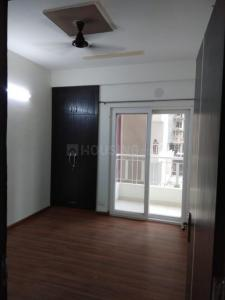 Gallery Cover Image of 1440 Sq.ft 3 BHK Apartment for rent in Noida Extension for 8000