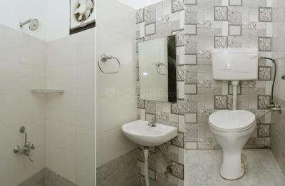 Bathroom Image of Nxtden Rooms in Palam Vihar Extension
