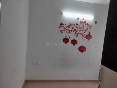 Gallery Cover Image of 1000 Sq.ft 2 BHK Apartment for rent in DS Max Sigma, Electronic City for 20000