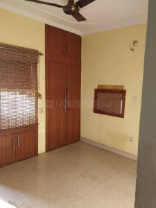 Gallery Cover Image of 1000 Sq.ft 2 BHK Apartment for rent in Gulabi Bagh for 23000