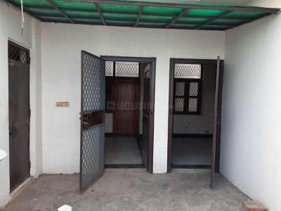 Gallery Cover Image of 950 Sq.ft 1 BHK Independent Floor for rent in Sector 33 for 13000