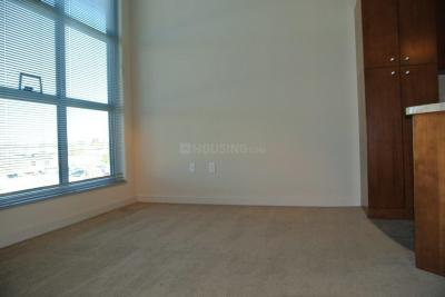 Gallery Cover Image of 1050 Sq.ft 2 BHK Apartment for rent in Kandivali East for 36000