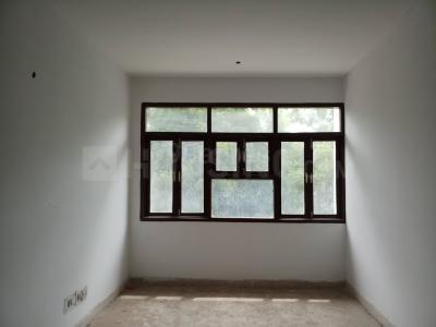 Gallery Cover Image of 1900 Sq.ft 3 BHK Apartment for buy in CGHS Chopra Apartment, Sector 23 Dwarka for 14800000