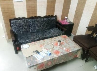 Gallery Cover Image of 500 Sq.ft 1 BHK Independent Floor for rent in Vikaspuri for 16000