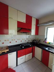 Kitchen Image of 1320 Sq.ft 3 BHK Apartment for buy in SGIL Gardenia, Rajpur Sonarpur for 5910000