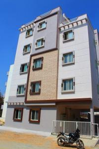 Gallery Cover Image of 500 Sq.ft 1 BHK Independent Floor for rent in Munnekollal for 13500