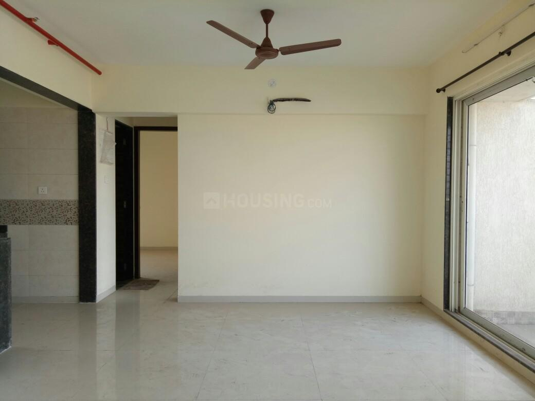 Living Room Image of 1750 Sq.ft 3 BHK Apartment for buy in Ghansoli for 21000000