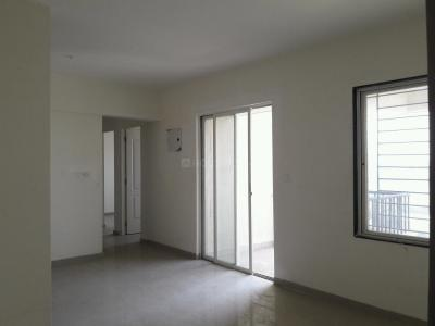 Gallery Cover Image of 1230 Sq.ft 2.5 BHK Apartment for rent in Kondhwa for 18000