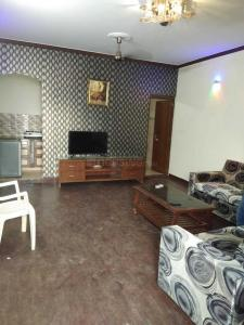 Gallery Cover Image of 900 Sq.ft 1 RK Independent Floor for rent in Lajpat Nagar for 15000