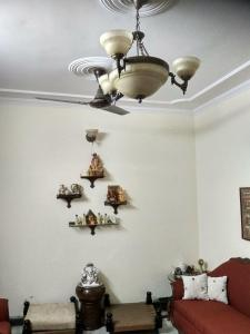 Gallery Cover Image of 1450 Sq.ft 3 BHK Apartment for buy in Mayur Vihar Phase 3 for 13800000