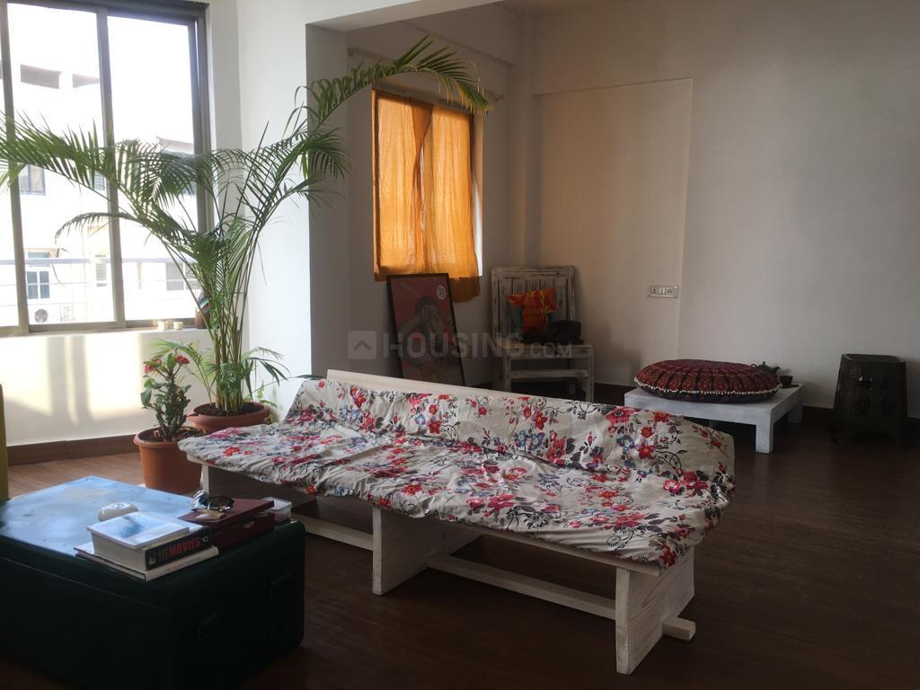 Living Room Image of 650 Sq.ft 1 BHK Apartment for rent in Andheri West for 62000