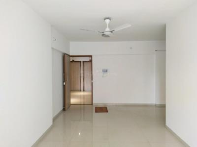 Gallery Cover Image of 1039 Sq.ft 2 BHK Apartment for rent in Andheri East for 60000