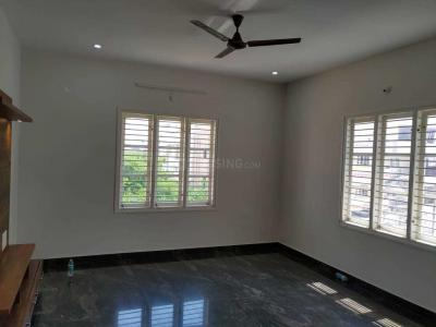 Gallery Cover Image of 1200 Sq.ft 2 BHK Apartment for rent in NRI Layout for 18000
