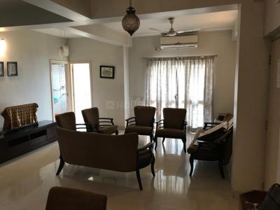 Gallery Cover Image of 1500 Sq.ft 3 BHK Apartment for rent in Gariahat for 50000