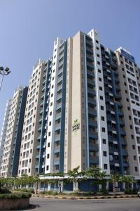 Gallery Cover Image of 5114 Sq.ft 1 BHK Independent Floor for buy in Virar West for 120000000