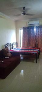 Gallery Cover Image of 330 Sq.ft 1 RK Apartment for rent in Summit Apartments, Goregaon East for 15000