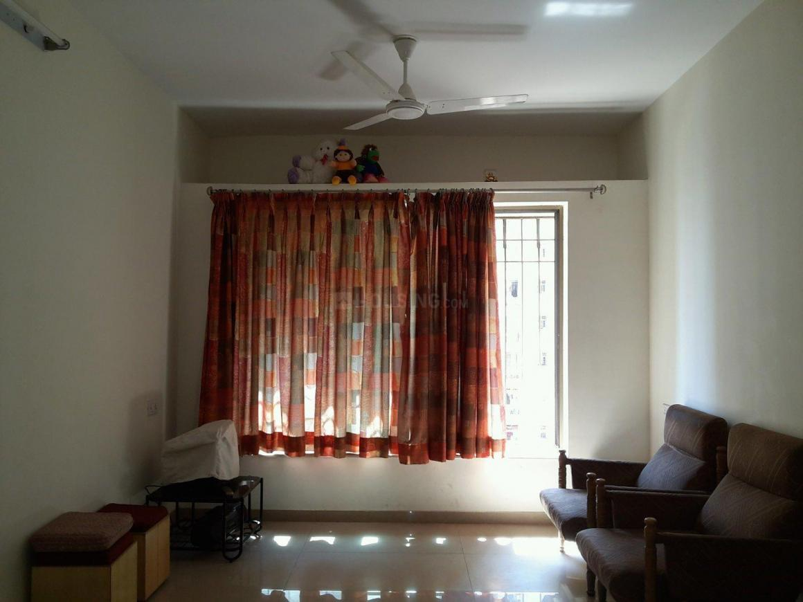 Living Room Image of 1018 Sq.ft 2.5 BHK Apartment for rent in Thane West for 28000