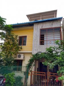 Gallery Cover Image of 975 Sq.ft 3 BHK Independent House for buy in Gerugambakkam for 6800000