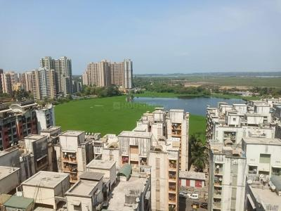 Gallery Cover Image of 750 Sq.ft 2 BHK Apartment for buy in Royal Oasis, Malad West for 14000000