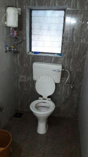 अंधेरी ईस्ट में गुरदीप प्रॉपर्टी के बाथरूम की तस्वीर
