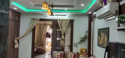 Gallery Cover Image of 713 Sq.ft 2 BHK Independent Floor for buy in Shahdara for 4300000