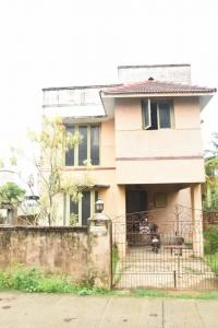 Gallery Cover Image of 1800 Sq.ft 3 BHK Independent House for buy in Kolapakkam for 15000000