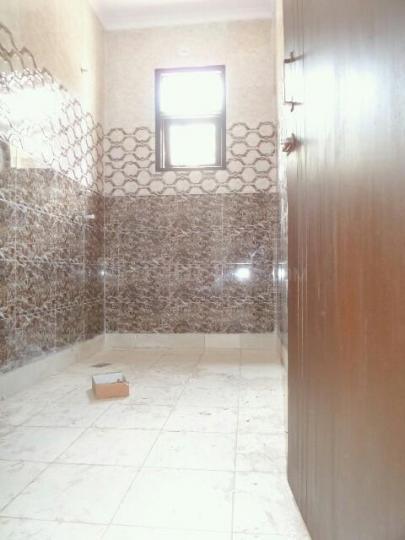 Bathroom Image of PG 4034758 Pul Prahlad Pur in Pul Prahlad Pur