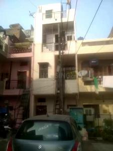Gallery Cover Image of 1270 Sq.ft 7 BHK Independent House for buy in Sector 6 Rohini for 8500000