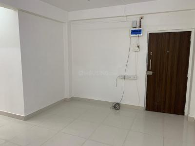 Gallery Cover Image of 626 Sq.ft 1 BHK Apartment for rent in Lokhandwala Complex, Andheri West for 34500