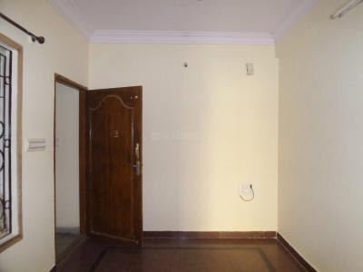 Gallery Cover Image of 850 Sq.ft 2 BHK Apartment for rent in Koramangala for 30000