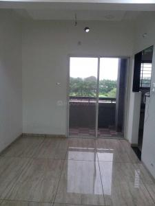 Gallery Cover Image of 815 Sq.ft 2 BHK Apartment for buy in Nipania for 2037500