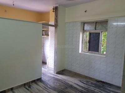 Gallery Cover Image of 400 Sq.ft 1 BHK Apartment for rent in Ghatkopar West for 18000