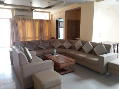 Gallery Cover Image of 3000 Sq.ft 4 BHK Apartment for rent in New Town for 65000