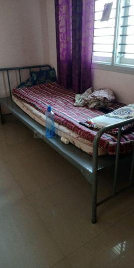 विजयनगर में एमके लेडिज पीजी के बेडरूम की तस्वीर