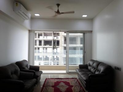 Gallery Cover Image of 1750 Sq.ft 3 BHK Apartment for rent in Malad East for 65000