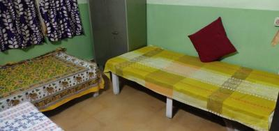 Gallery Cover Image of 500 Sq.ft 1 BHK Apartment for rent in Santoshpur for 4000
