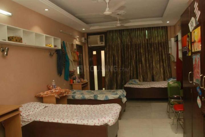 मुनिरका में मैत्रेयी गर्ल्स होस्टल में बेडरूम की तस्वीर