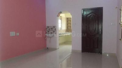 Gallery Cover Image of 640 Sq.ft 1 BHK Independent House for rent in Sithalapakkam for 8000